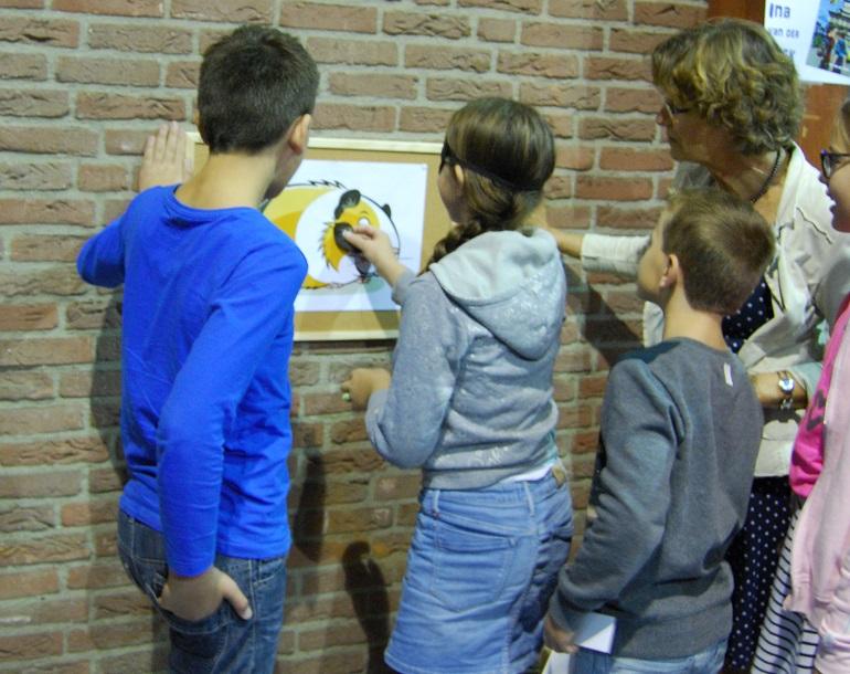 Cavia prik met Ina van der Beek